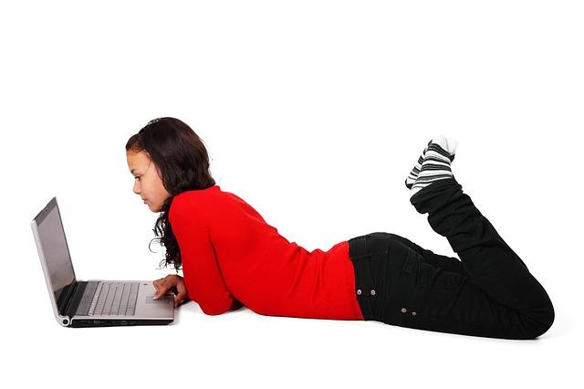 surfování na internetu
