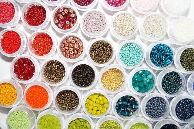 barevné korálky